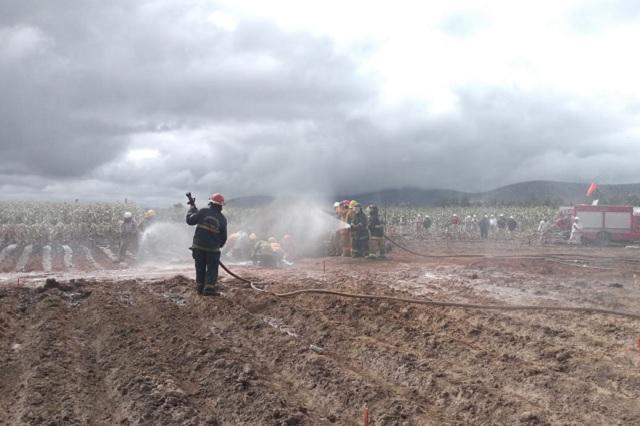 Por fin, liquidan incendio por fuga de gas en Acajete
