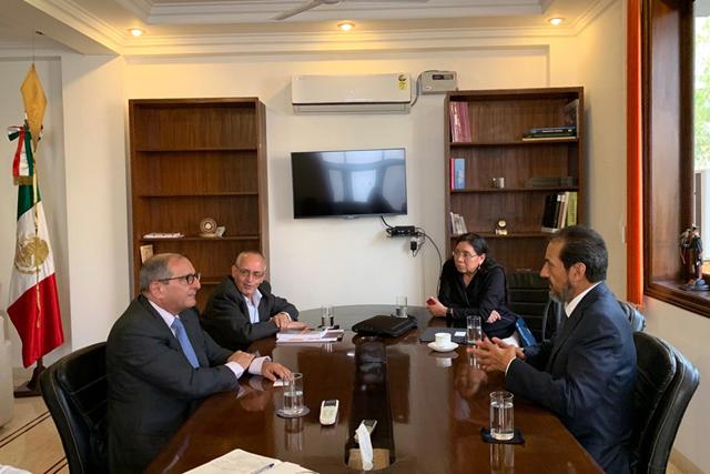 Rector BUAP se reúne con embajador en India y con directivo del BM
