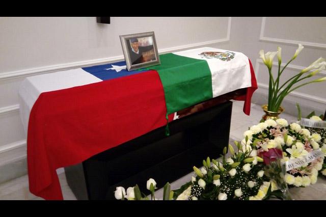 Muere Hugo Gómez, periodista icónico del exilio chileno en México