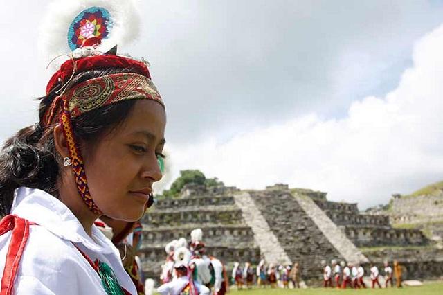 Es asistencialista la ayuda a indígenas de Puebla: Blandina Ramos