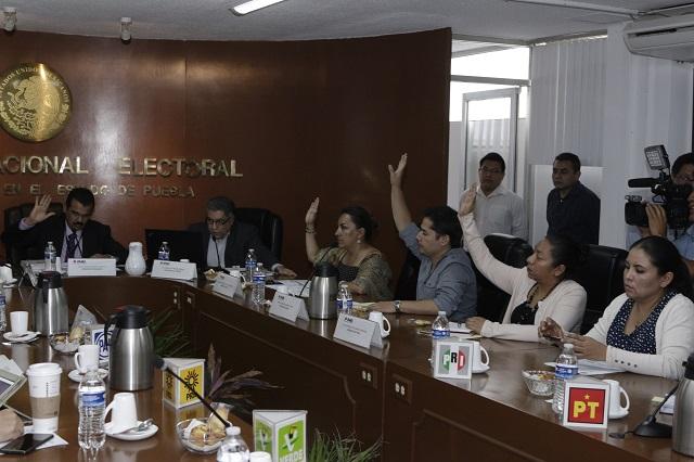 Niega INE medidas cautelares por campaña negra contra Barbosa