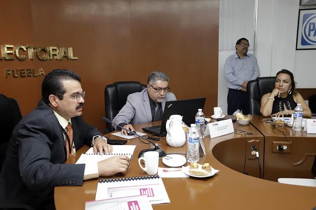 Indaga INE a Enrique Cárdenas por promoverse fuera de Puebla