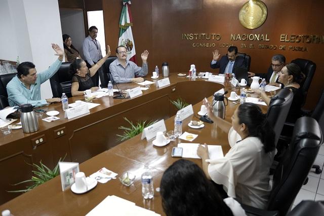 Migran funcionarios de Tlaxcala y del IEE al INE Puebla