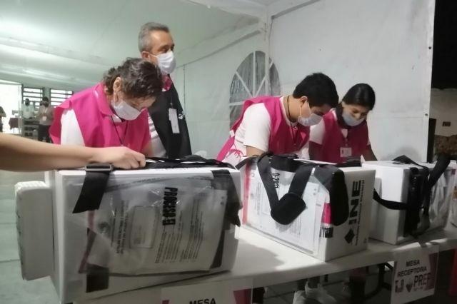 Revisan 262 paquetes electorales por inconsistencias en Huauchinango