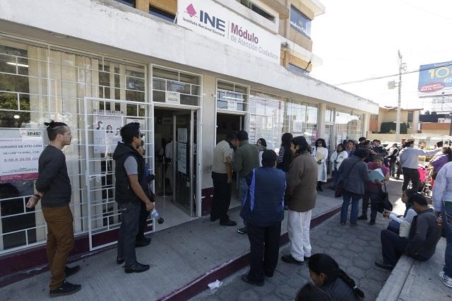 Denuncia INE irregularidades en módulo de bulevar Forjadores