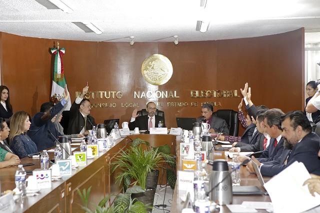 INE palomea a 4 de 14 aspirantes independientes a diputados