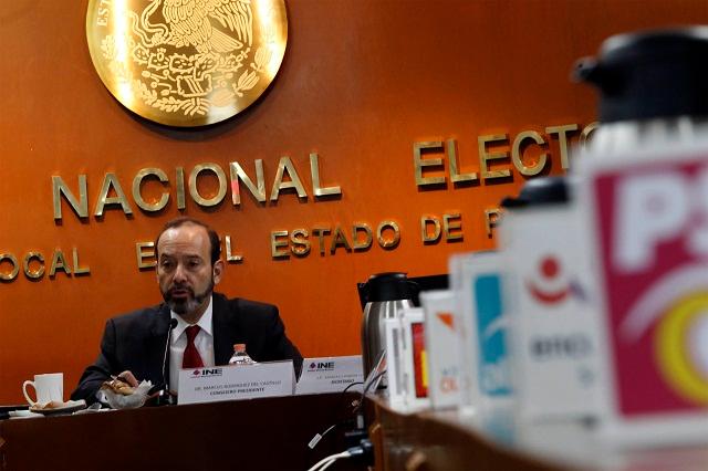 Dispone INE mamparas y bastidores para propaganda de partidos políticos