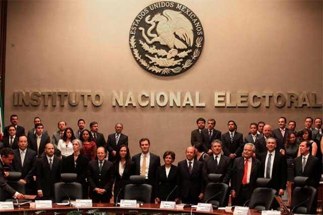 Consejo General del INE resolverá si deja sin registro al PT y PH