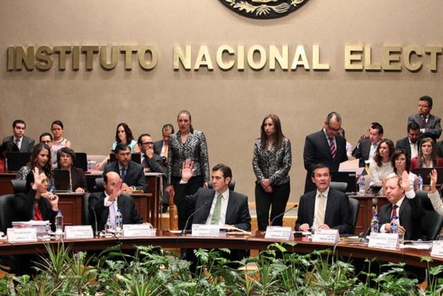 El INE reporta que se registraron 46 candidatos independientes a la presidencia