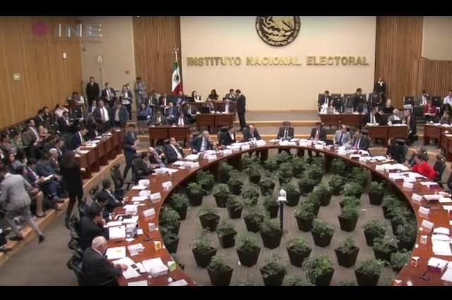 Margarita Zavala y cercanos a Elba Esther intentarán tener su propio partido