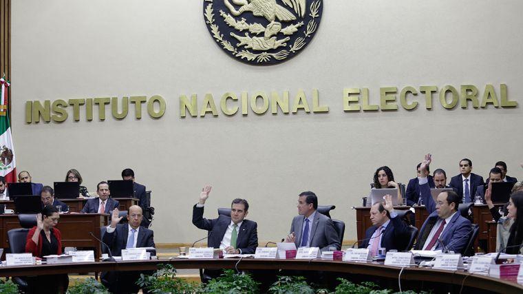 El INE afirma que no congeló el fideicomiso de Morena