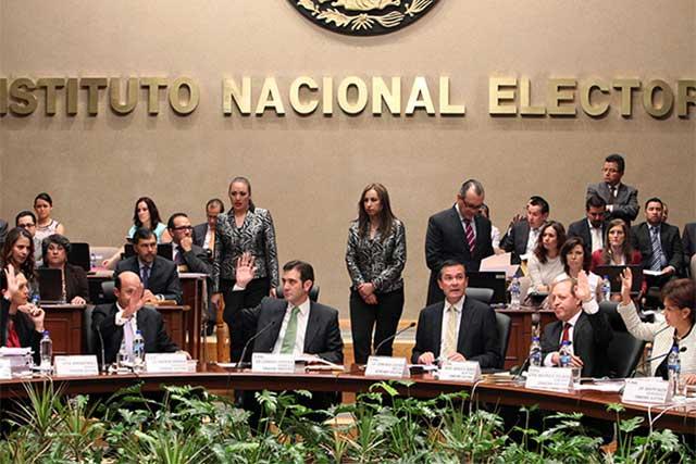 El INE amplía por 6 días más el plazo para el registro de independientes