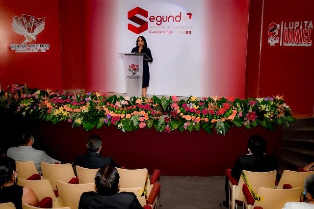 Lupita Daniel rinde segundo informe de gobierno en Cuautlancingo