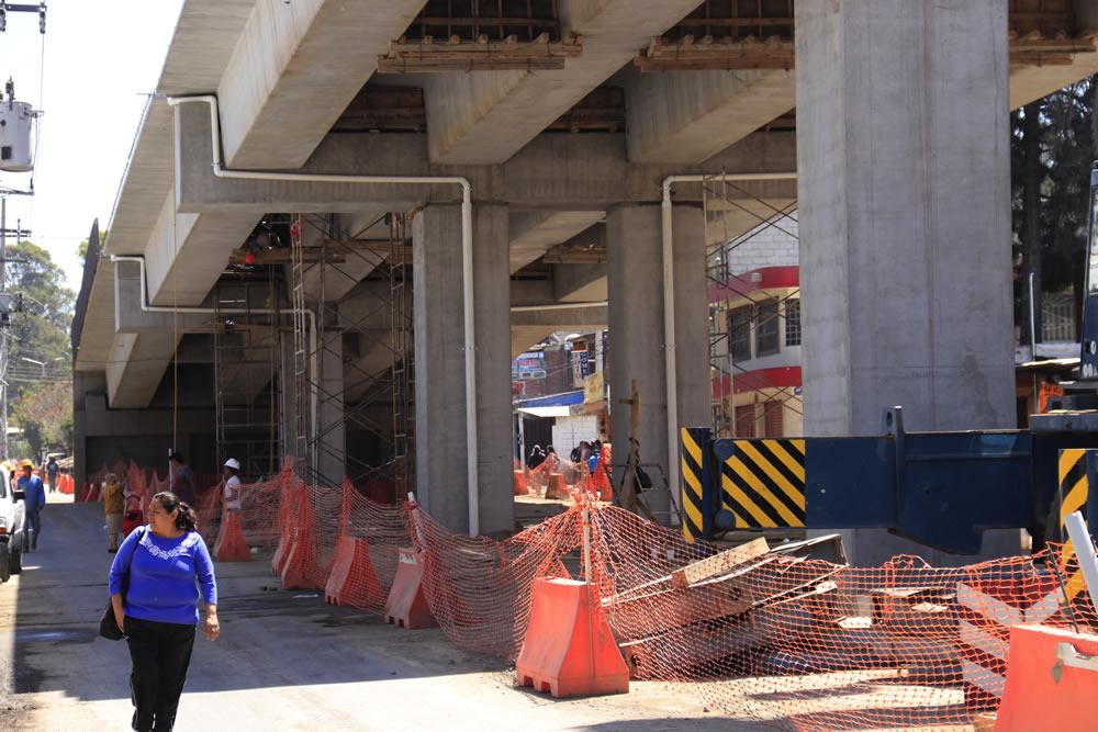 Crisis vial por retraso de 4 meses en obra del puente Xonacatepec