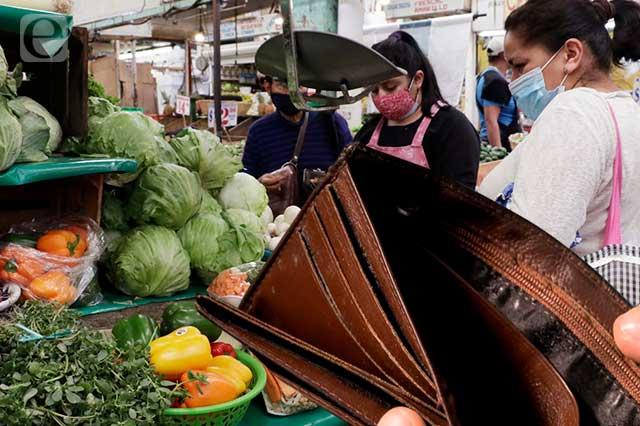 En pobreza laboral casi la mitad de los poblanos: Coneval