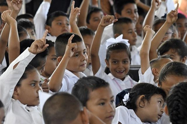 Quieren prohibir en Puebla castigos corporales contra niños