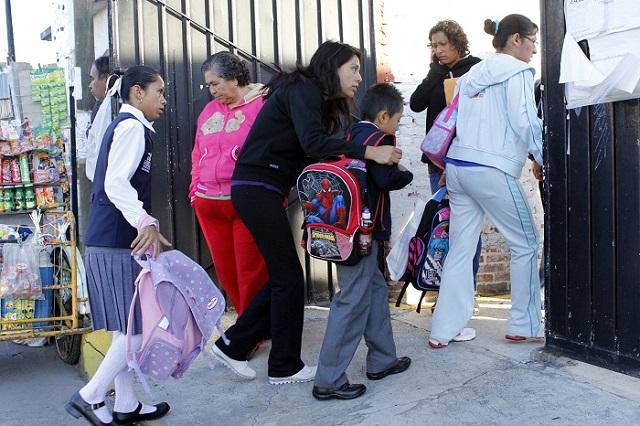 Sin clases, 78 escuelas en Puebla para revisar daños tras lluvias y sismo