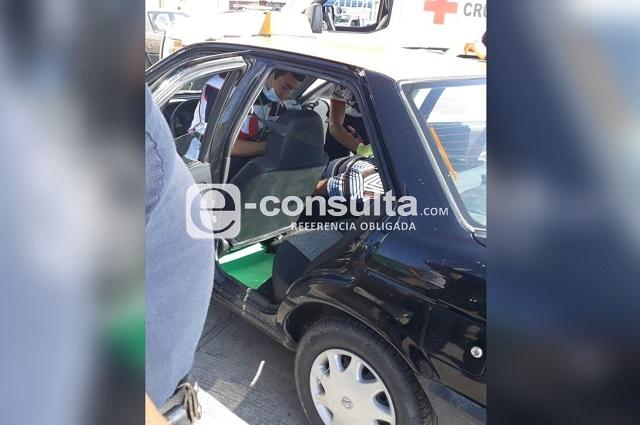 En asalto, hieren con arma blanca a taxista en Clavijero