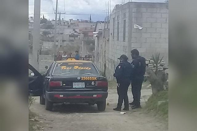 Balean a taxista y agresores le dejan una nota al sur de Puebla