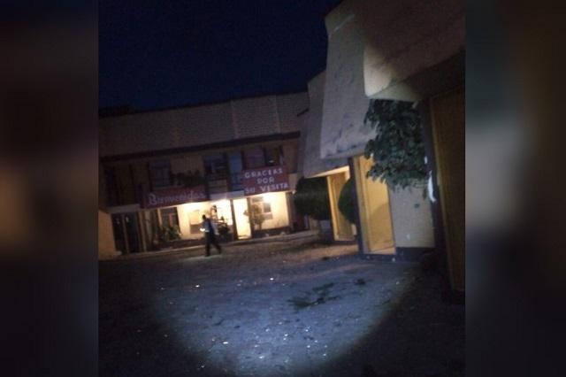 Un herido y daños por explosivo en hotel de Tecamachalco