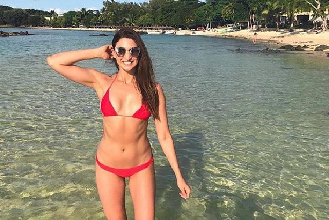 Katie Scarlett Lolas, la mujer que dice adelgazó subiendo de peso