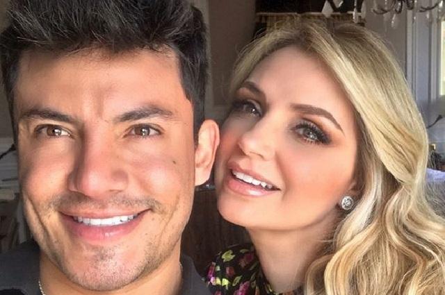 Así reaccionaron fans y Sofía Castro en Instagram a foto Angélica Rivera