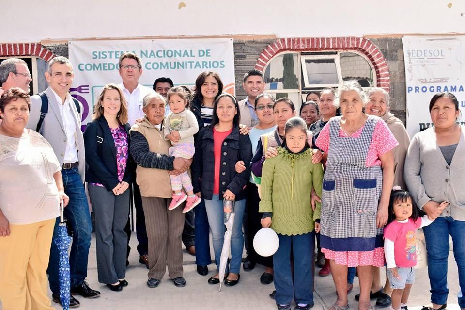 SEDESOL Puebla expone sus programas a miembros de la OCDE