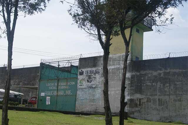 Frustran fuga de reo en penal de Huauchinango