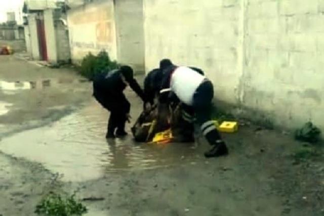 En Huixcolotla golpean y prenden fuego a presunto ladrón