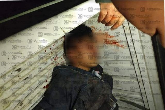 Casi linchan a sujeto que robó y golpeó a su pareja en Huejotzingo