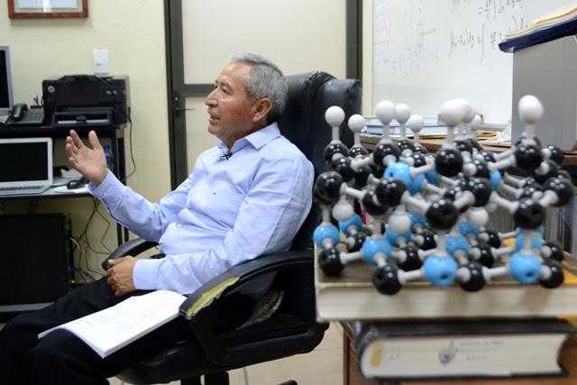 Investigador BUAP se convirtió  en divulgador de nanociencia