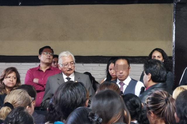 SEP aclara a padres proceso contra director de secundaria 9 en Puebla