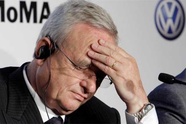 Investigan a ex director de VW por manipular el mercado