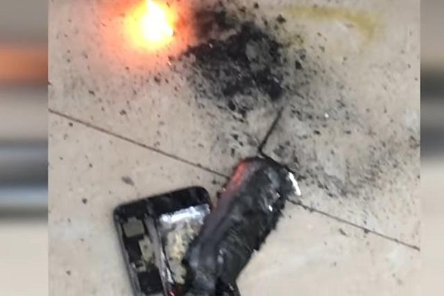Captan en video la explosión de un iPhone en estética y susto de clientes