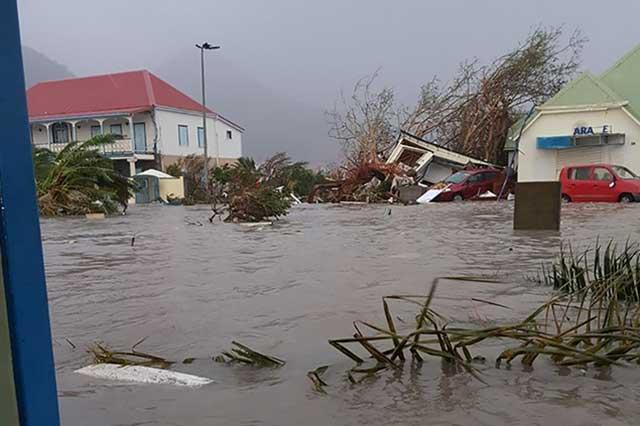 EU desaloja a 6.3 millones de personas de Florida y Georgia por huracán Irma