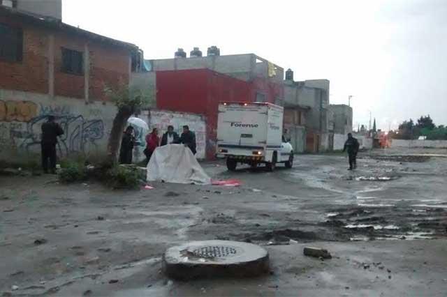 Riña vecinal, balacera y tres detenidos en Granjas San Isidro