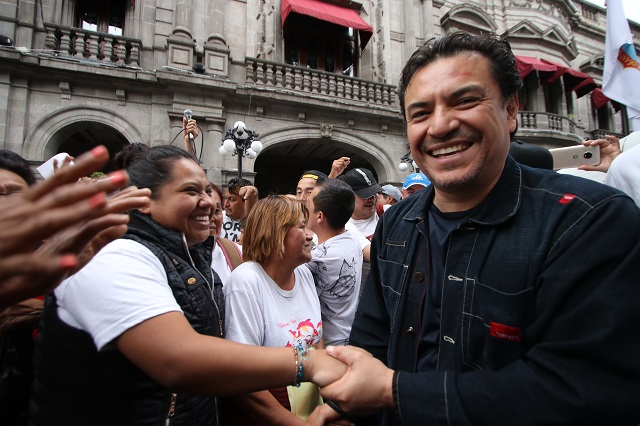 Por omitir proceso, Ayuntamiento niega la reinstalación de Pacheco