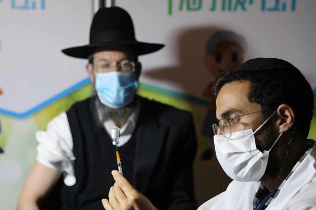 Israel aplicará tercera dosis de vacuna a mayores de 60 años