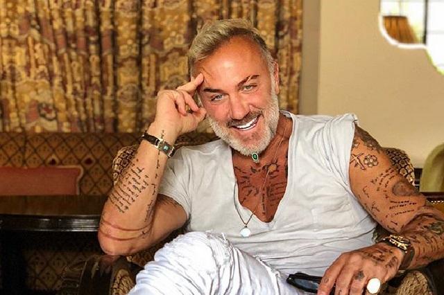 Gianluca Vacchi celebra el éxito de su sencillo Love con un nuevo tatuaje