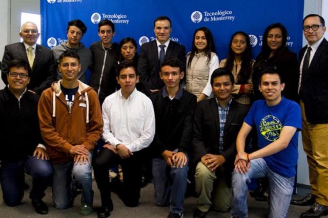 Otorga ITESM Puebla becas a 17 estudiantes por alto promedio