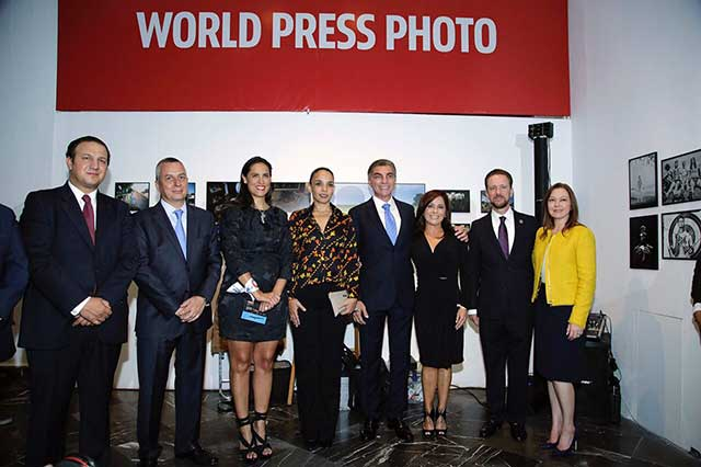 Abre al público exposición World Press Photo 2017