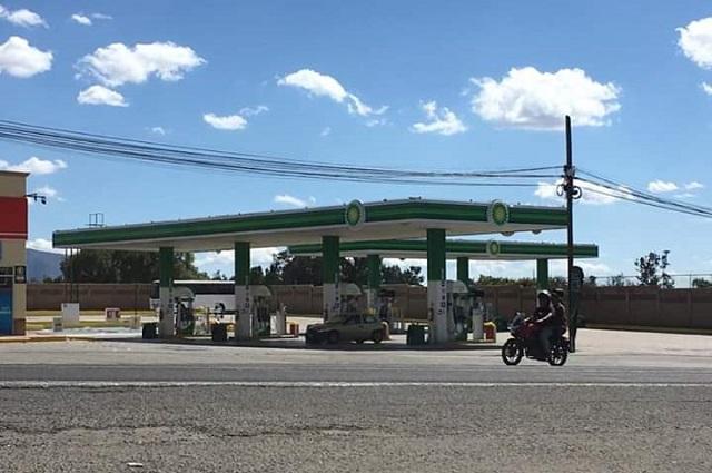 En un mismo día roban gasolinera y camioneta en Atlixco