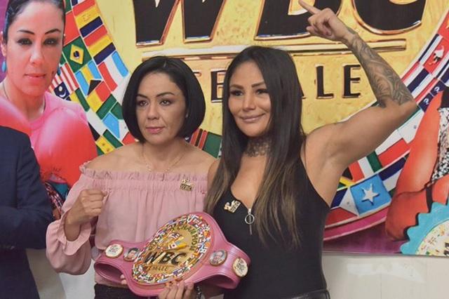 Jackie Nava y Barby Juárez acuerdan pelea en octubre