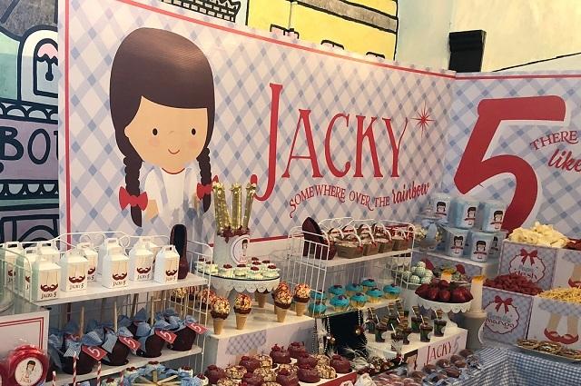 Así celebró Jacky Bracamontes el cumpleaños de Mini Jacky