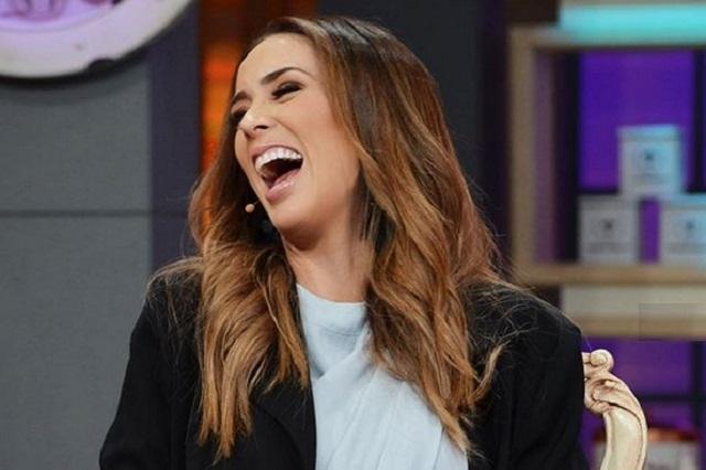 ¿Jacqueline Bracamontes a Tv Azteca para La Voz… México?