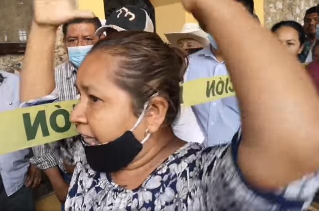 Usan muerte de edil para revivir conflictos políticos en Jalpan