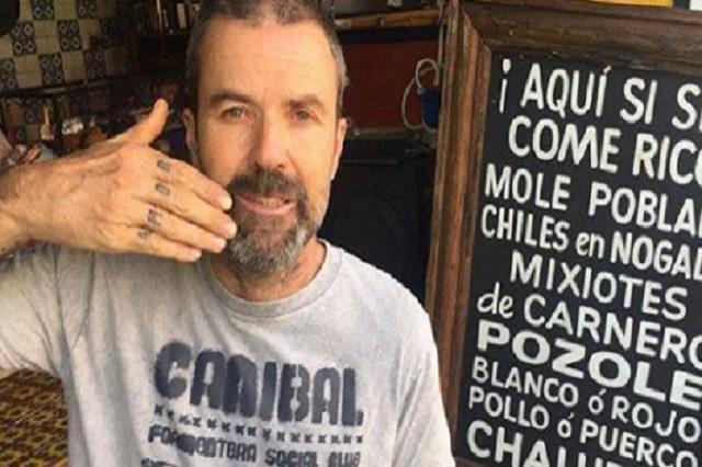"""Así se paseó Pau Donés de """"Jarabe de Palo"""" por el Centro de Puebla"""
