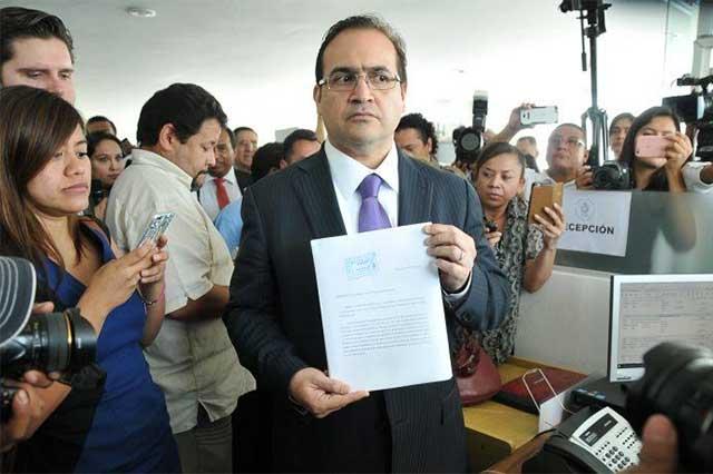 Ofrece la PGR 15 millones de pesos de recompensa por Javier Duarte