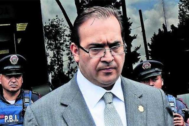El gobierno no tiene la certeza de que Javier Duarte siga en México: Osorio Chong
