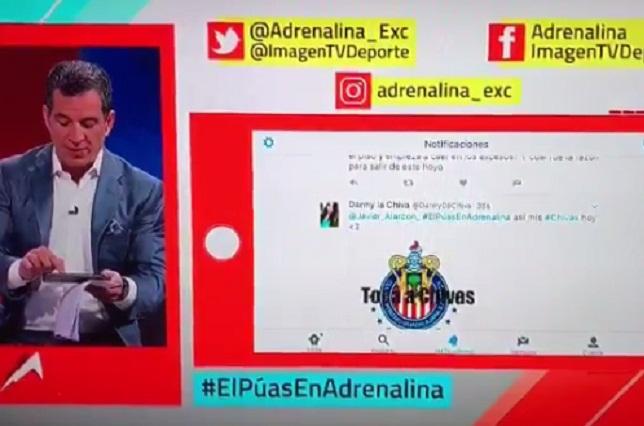 VIDEO El Negro de Whatsapp se le aparece a Javier Alarcón en vivo